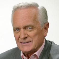 Philippe Labro - Présentateur