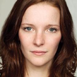 Morfydd Clark - Actrice