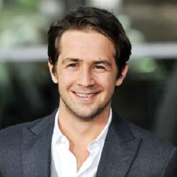 Michael Angarano - Acteur