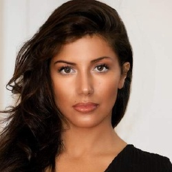 Leïla Boumedjane - Actrice