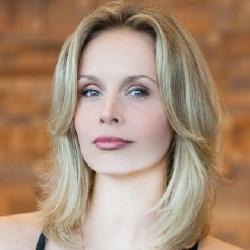 Sonya Salomaa - Actrice