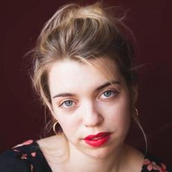 Juliet Doucet - Actrice