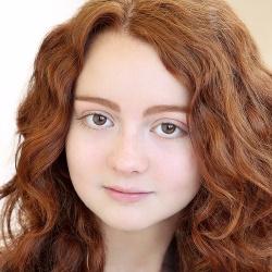 Piper Mackenzie Harris - Actrice