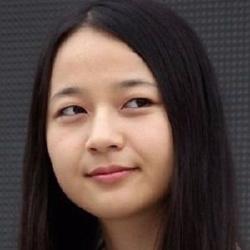 Kkobbi Kim - Actrice
