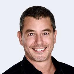 Ali Baddou - Présentateur