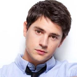 Nicholas D'Agosto - Acteur