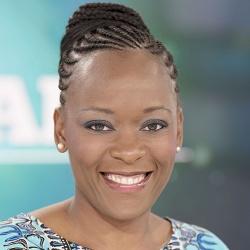Dominique Tchimbakala - Présentatrice