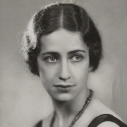 Peggy Ashcroft - Actrice