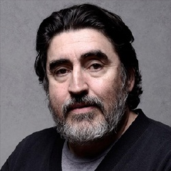 Alfred Molina - Voix Off VO