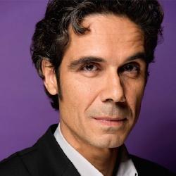 Paul Moreira - Auteur