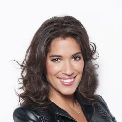 Laurie Cholewa - Présentatrice