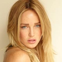 Caity Lotz - Actrice