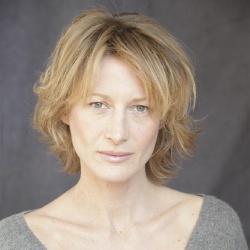 Astrid Whettnall - Actrice