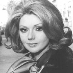 Marisa Merlini - Actrice