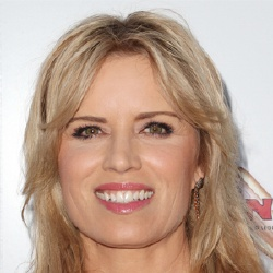 Kim Dickens - Actrice