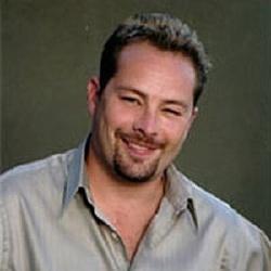 Alistair Abell - Acteur
