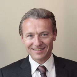 Eric de Riedmatten - Présentateur