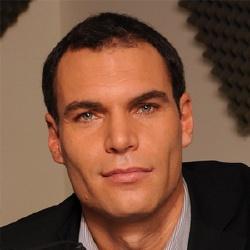 Renaud Pila - Présentateur