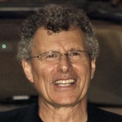 Jon Amiel - Réalisateur