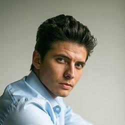 Oleg Ivenko - Danseur
