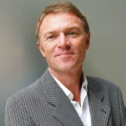 Christophe Hondelatte - Présentateur