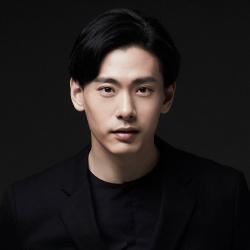 Teo Yoo - Acteur