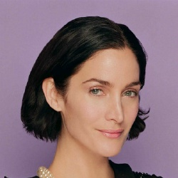Carrie-Anne Moss - Actrice