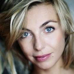 Amélie Etasse - Actrice