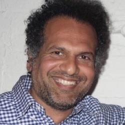 Sarfraz Manzoor - Journaliste