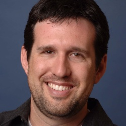 Zack Estrin - Scénariste