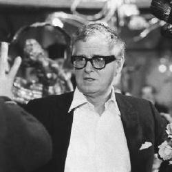 Basil Dearden - Réalisateur
