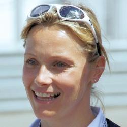 Vicki Butler-Henderson - Présentatrice