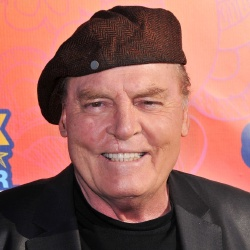 Stacy Keach - Guest star