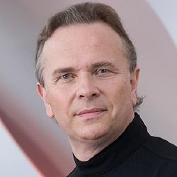 Mark Elder - Chef d'orchestre