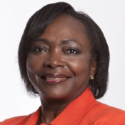 Denise Epoté - Présentatrice