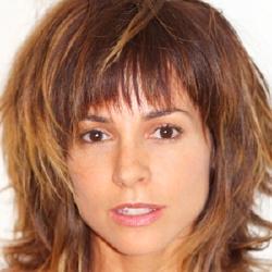 Stephanie Szostak - Actrice