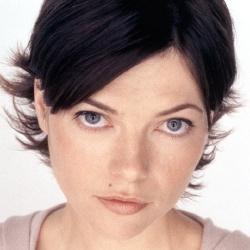 Nicole De Boer - Actrice