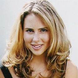 Anna Hutchison - Actrice