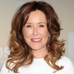 Mary McDonnell - Actrice