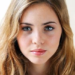 Kate Melton - Actrice