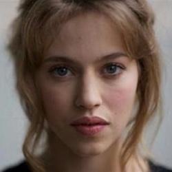 Lou de Laâge - Actrice