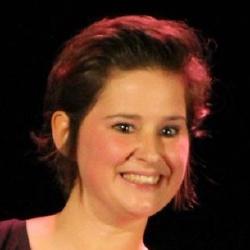 Elodie Poux - Présentatrice