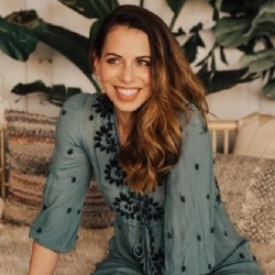 Laura Bailey - Actrice