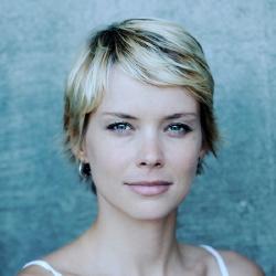 Andrea Osvárt - Actrice
