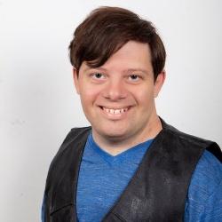 Zachary Gottsagen - Acteur