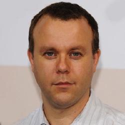 Saul Dibb - Réalisateur