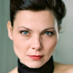 Caroline Grothgar - Actrice