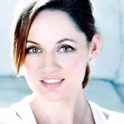 Jennifer Gibson - Actrice