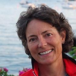 Mairzee Almas - Réalisatrice