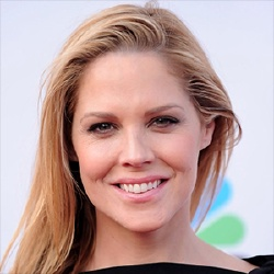 Mary McCormack - Guest star